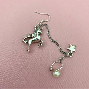 One Side Unicorn Earrings with Pearl
